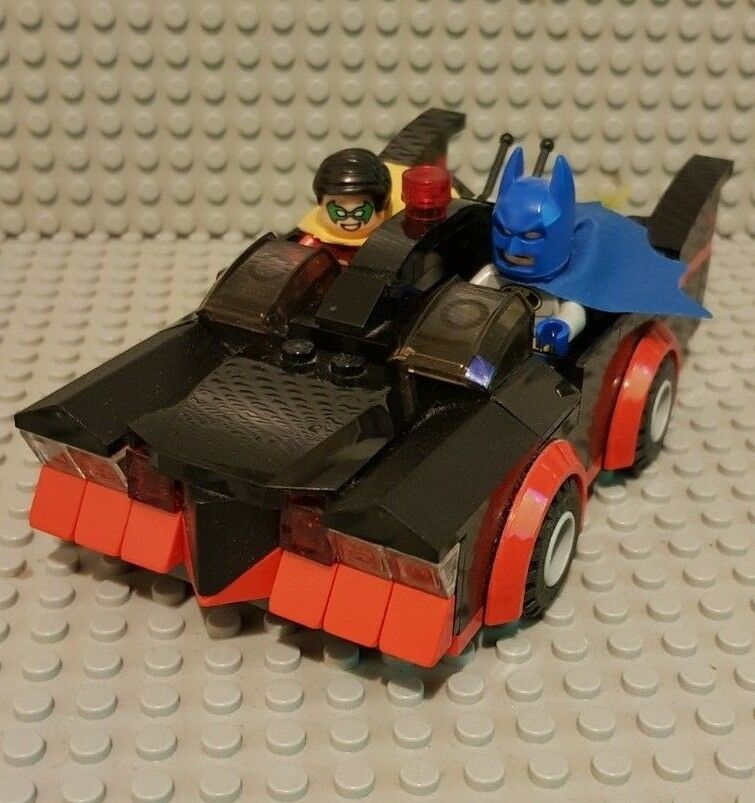 Lego Batman Classic TV Series Batmobile SDCC 2014 Replica Genuine LEGO Pièces