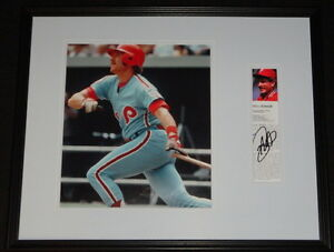 Mike-Schmidt-Signed-Framed-16x20-Photo-Display-Phillies