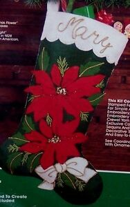 "Bucilla ""MAJESTIC POINSETTIA"" VINTAGE Felt Christmas Stocking Kit~82318 MIP"