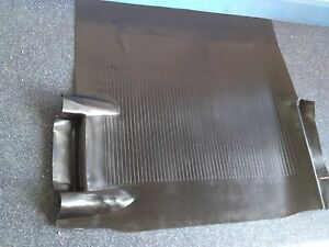 NEW-RUBBER-BOOT-MAT-TO-SUIT-EJ-EH-HOLDEN-SEDAN