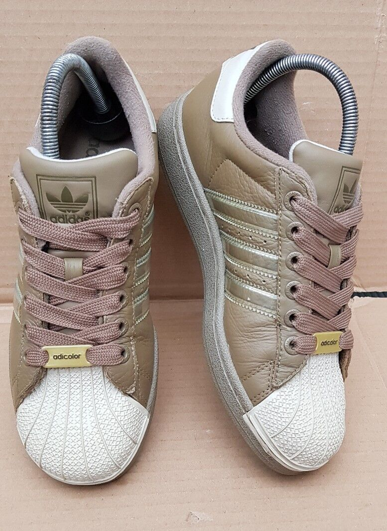 GORGEOUS ADIDAS SUPERSTAR KHAKI ADICOLOR TRAINERS IN SIZE 4RARE FAT LACED