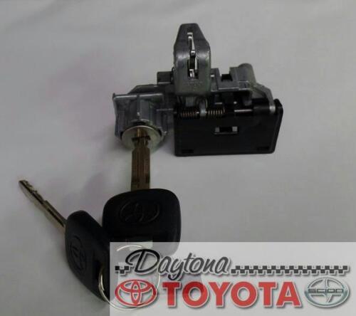 OEM TOYOTA RAV4 GLOVE BOX LOCK AND KEYS 69056-42020 FITS 2003-2005