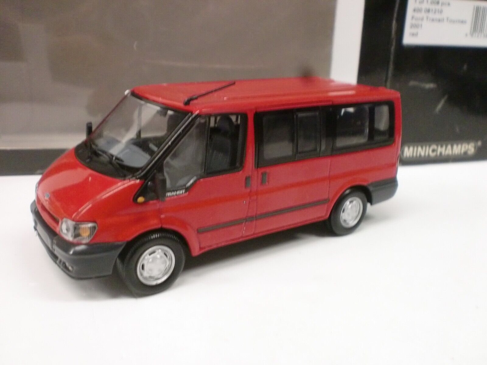 MINICHAMPS 1 43 - FORD TRANSIT TOURNEO 2001  - 400 081210
