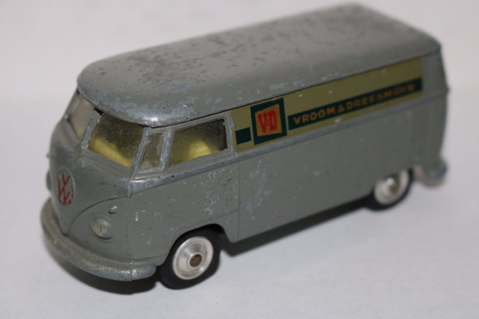 Corgi Toys Volkswagen  V&D Vroom & Dreesmann  giallo interior very scarce model
