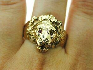 Vintage-9ct-Yellow-Gold-English-Lion-Ring-Ruby-Eyes-Statement-8-2g-Size-Z-6-1990