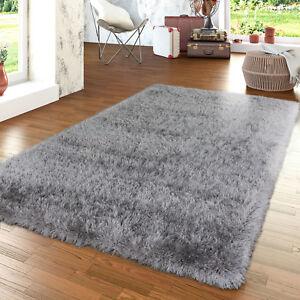 moderner wohnzimmer hochflor teppich shaggy einfarbig mit glitzergarn in grau ebay. Black Bedroom Furniture Sets. Home Design Ideas