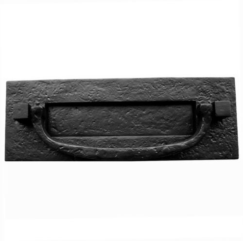 Rustique Cottage style Lettre Plaque-Rabat C//W Knocker en noir en fonte JAB46