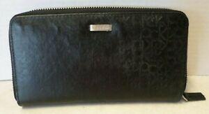 Calvin-Klein-Zip-Around-Black-Wallet
