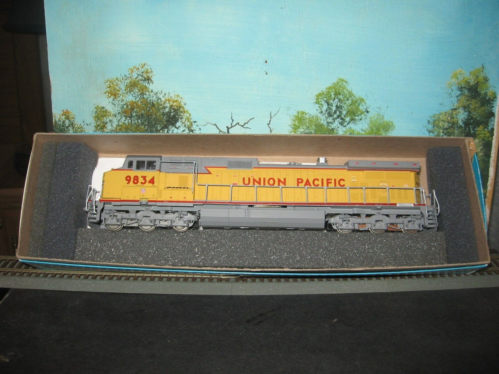 ATHEARN HO SCALE  4946 C44-9W UNION PACIFIC WINGS  NEW DRIVE   9834 POWErosso