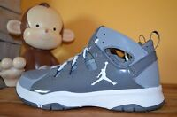 Jordan Legend Tr Trainer Derek Jeter Sz 9 Stealth Grey/white 487435-003