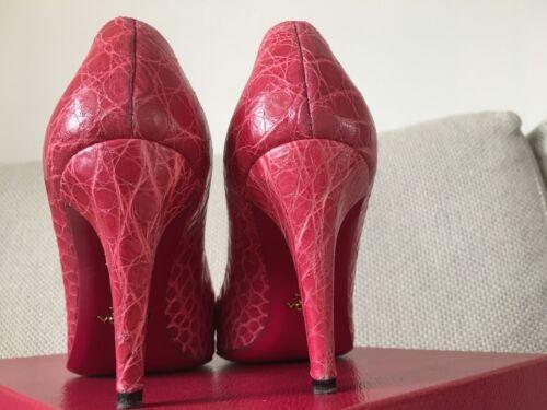 687bf1ad4e0bb Chaussures d autruchepointure 38uk5Rrp cuir avec jambe en £ cuir Fuchsia  Prada 750 en OuwiXPkZTl