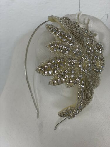 Beautiful Lily Bella Art Deco Style Wedding Headband Rhinestone Pearl Applique