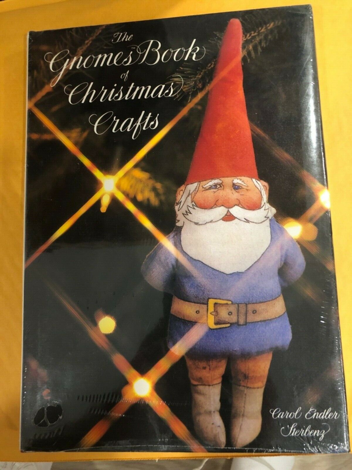 The Gnomes Book Of Christmas Crafts By Mark Kozlowski Carol Endler Sterbenz And Wil Huygen 1980 Hardcover