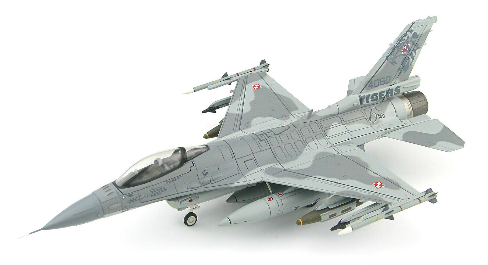Hobby Master 1 72 Polish General Dynamics F-16C Fighting Falcon Fighter,  HA3899