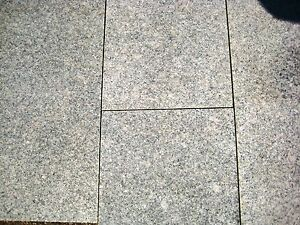 Restposten 11 70 Qm Bodenplatten Granit Kristall Grau 60x30x1 5 Cm