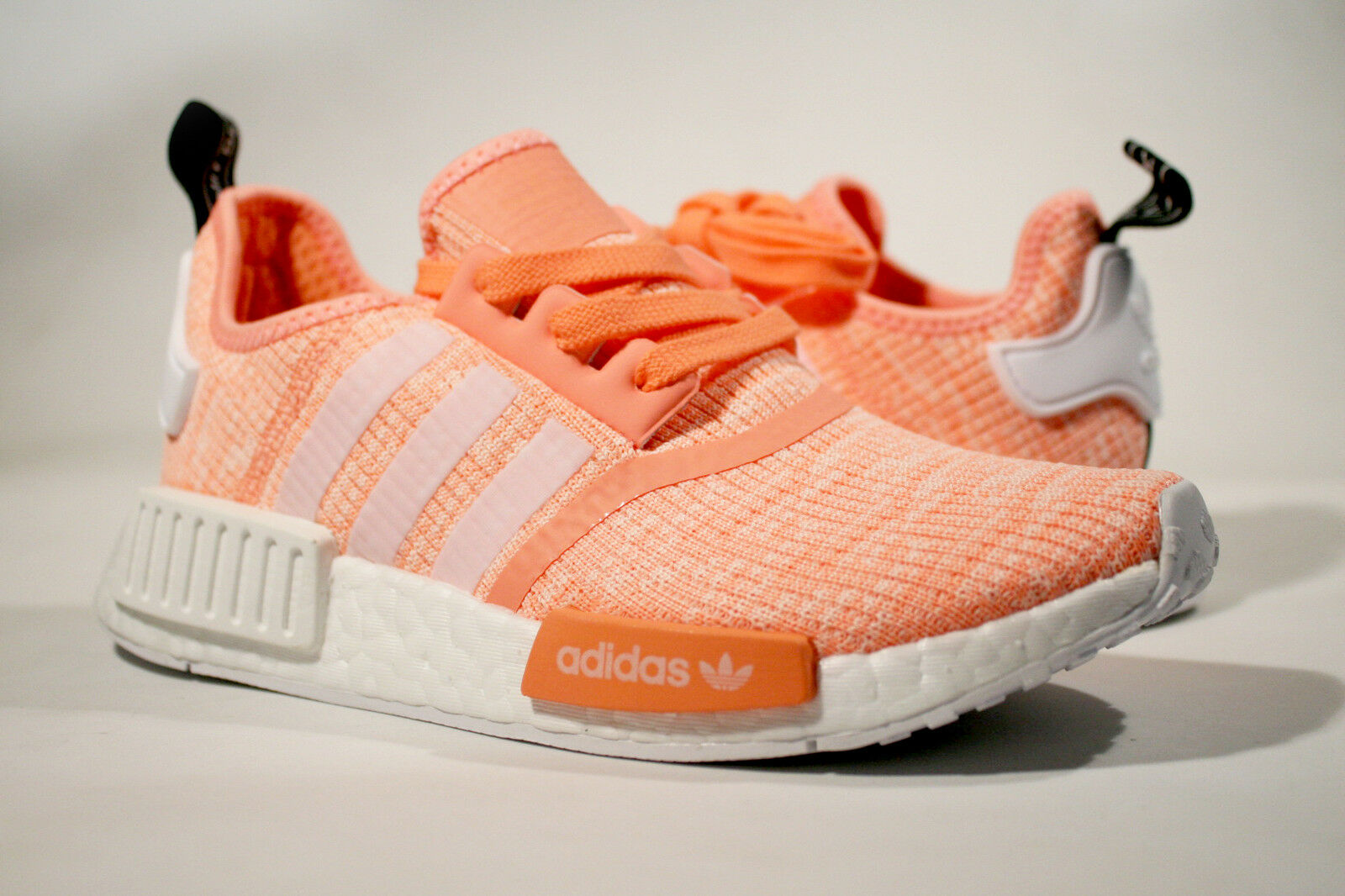 BRAND NEW ADIDAS NMD R1 WOMENS SUN GLOW CORAL orange SIZE 6 - 7.5 PINK BY3034