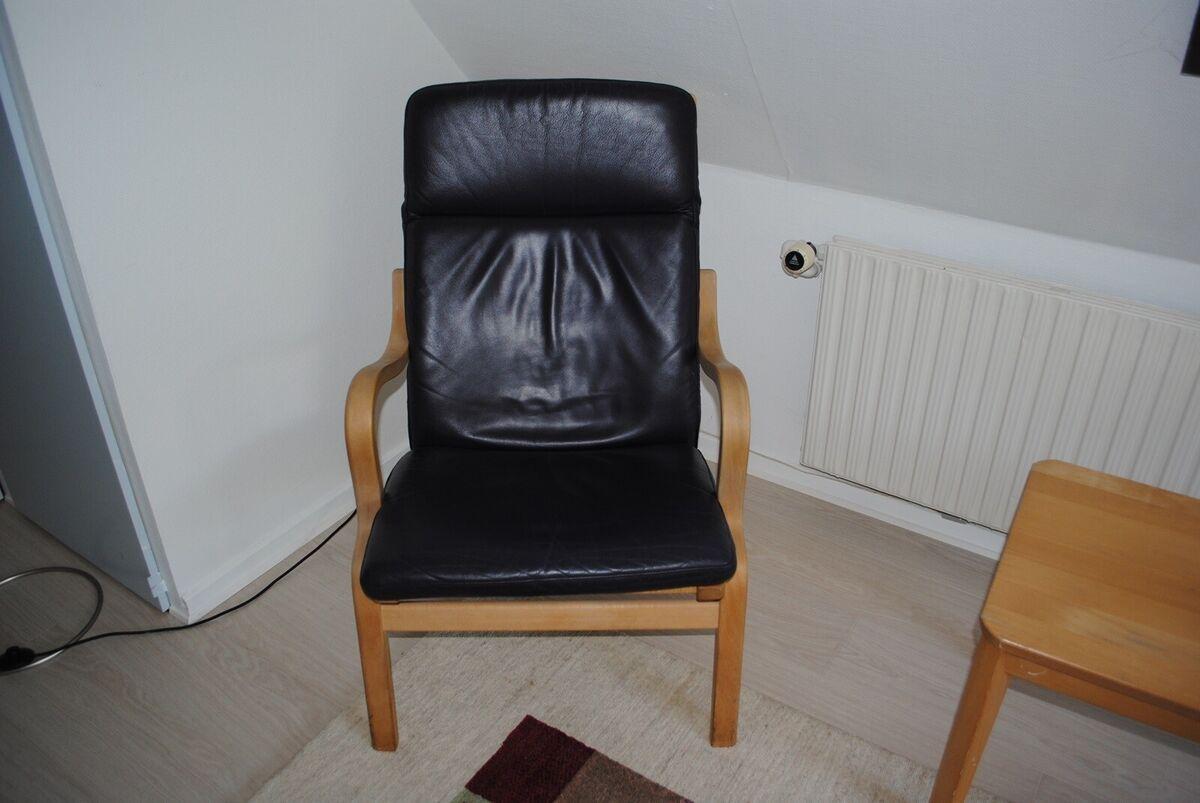 Stouby, lænestol, Lænestol med mørk lilla læder. Pæn stan