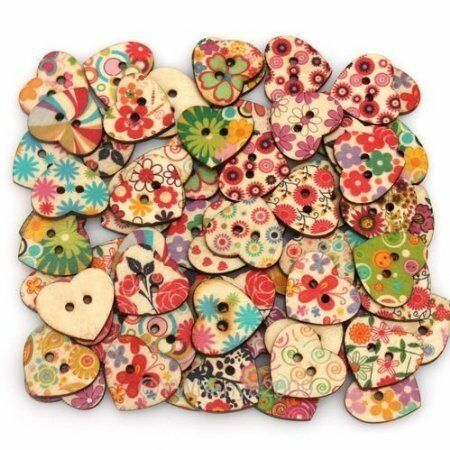 En forme de coeur peint 2 boutons de trous en bois 20 x 22 mm Pack de 25pcs
