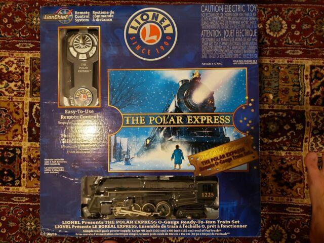 BRAND NEW LIONEL Polar Express Electric O Gauge Model Train Set W/ Remote