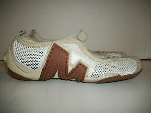 da7eb4372c1ab Womens Size 5.5 Merrell Relay Tour White Mesh Mary Jane Flats