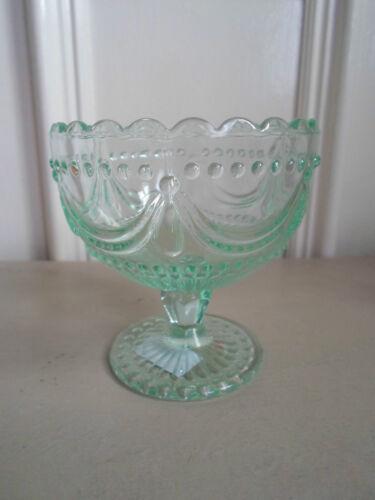 Greengate dk bol en verre sur pied en vert ou clair