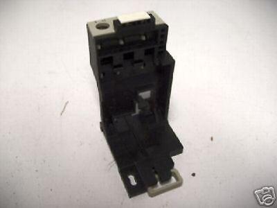 Telemecanique LA7 D1020 Door Mounted Reset Adaptor for Thermal Overload TMOL0039