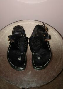 28bf7b13536bc Image is loading TORY-BURCH-Sandals-Daniela-Thongs-Black-Perforated-Leather-