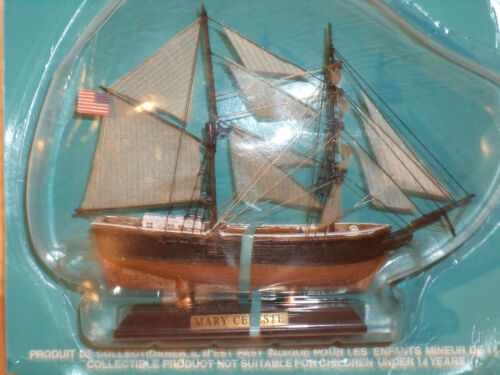 Sammlung Schiffsmodell MARY CELESTE aus Kunststoff und Holz # 33