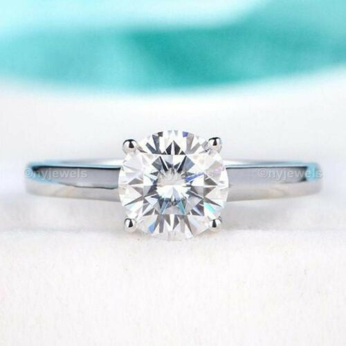 14K White Gold Moissanite Solitaire Engagement Ring 2.00 Ct Excellent Round Cut