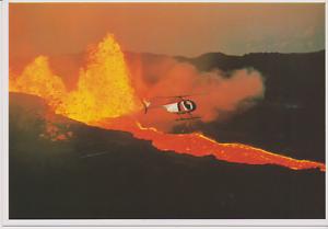 Ansichtskarte Hubschrauber überfliegt Lava am Kilauea Vulkan Hawai/'i Selten