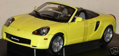 TOYOTA MR2 SPYDER cabriolet 2000 1 18 AUTOart 78713 voiture miniature collection