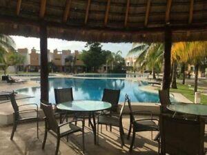 Casa en venta Cancun en conjunto Yikal  3 rec con alberca y vigilancia