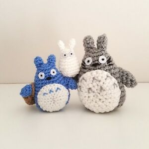 Mini Totoro Keychain - amigurumi crochet art | Llaveros a crochet ... | 299x300