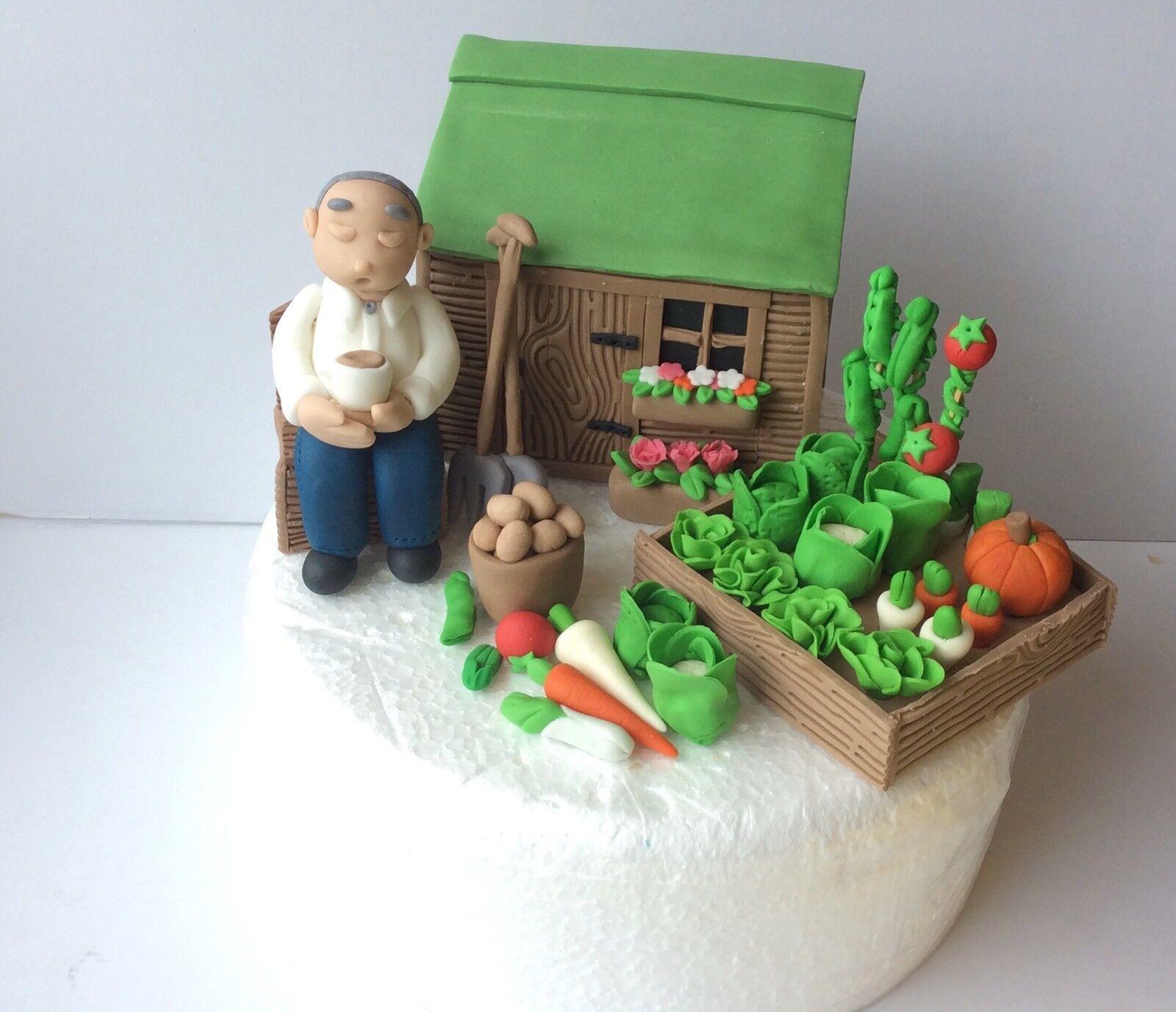 CAKE TOPPER COMMESTIBILI PAPA 'MARITO Uomo seduto in riparto vegetale da giardino per