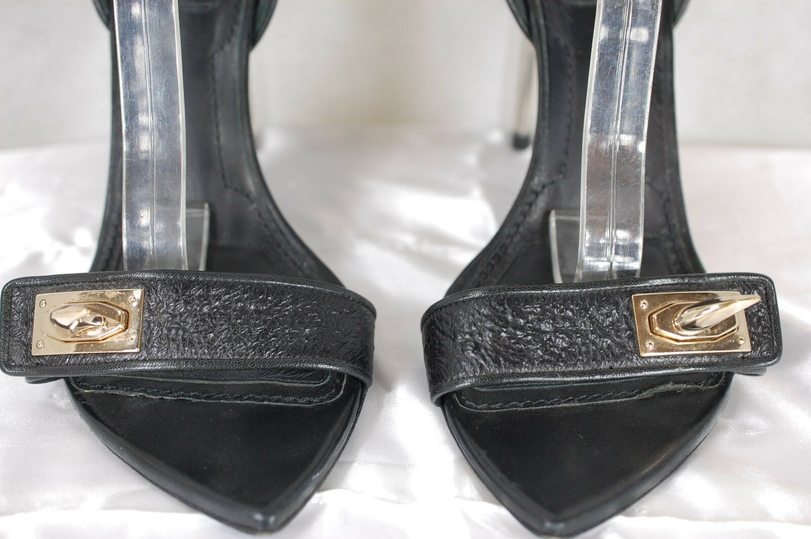 SUPPER SEXY     GIVENCHY GIVENCHY GIVENCHY SHARK-TOOTH-LOCK 'RUNWAY' BLACK SANDALS EU 40 US 10 7611f7