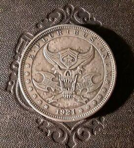 DEMON-ROCK-N-ROLL-SATANIC-HORNED-DEVIL-SKULL-GUITAR-coin-talisman-HEAVY-METAL