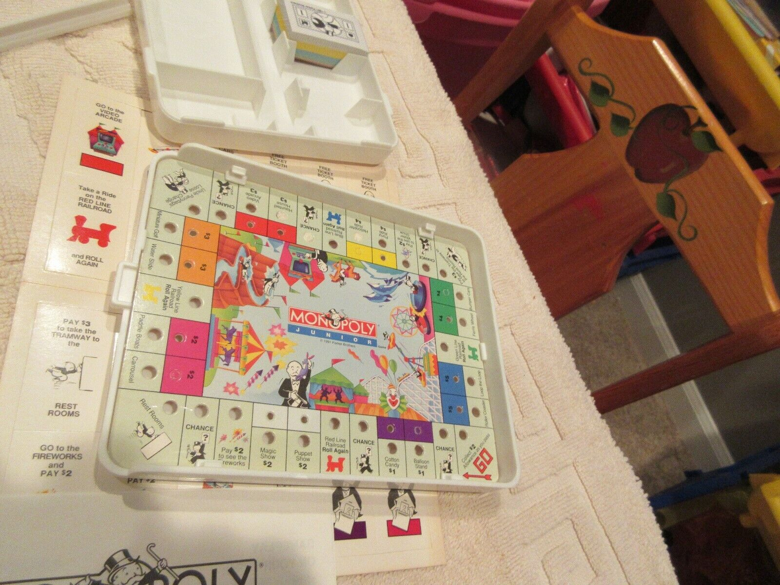 Travel Monopoly . Parker Brothers , #0438 , Vintage , N