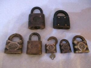 LOT-OF-7-VINTAGE-PADLOCKS-LOCKS-YALE-CORBIN-ILCO-Y-amp-T-Yale-1-KEY