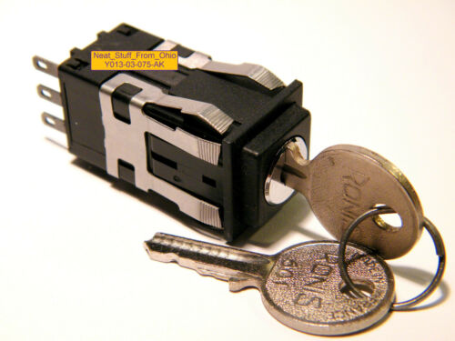 MICRO SWITCH™ AML 20 SERIES MAINTAINED ALARM // ELECTRIC KEY SWITCH SPDT