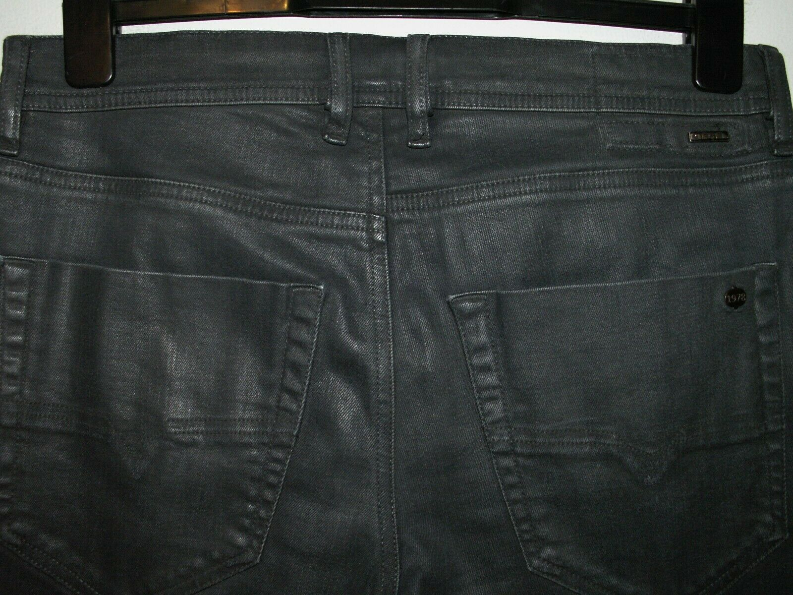 DIESEL TEPPHAR SLIM-CARred FIT COATED JEANS 084BF STRETCH W31 L32 (5925)
