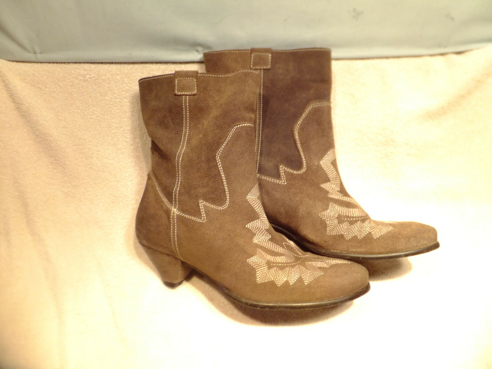 67 Sixty Seven - Shadowridge Brown Suede Leather Ankle Boots  Quite Nice