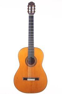 Viuda y Sobrinos de Domingo Esteso 1946 Hermanos Conde classical guitar + video