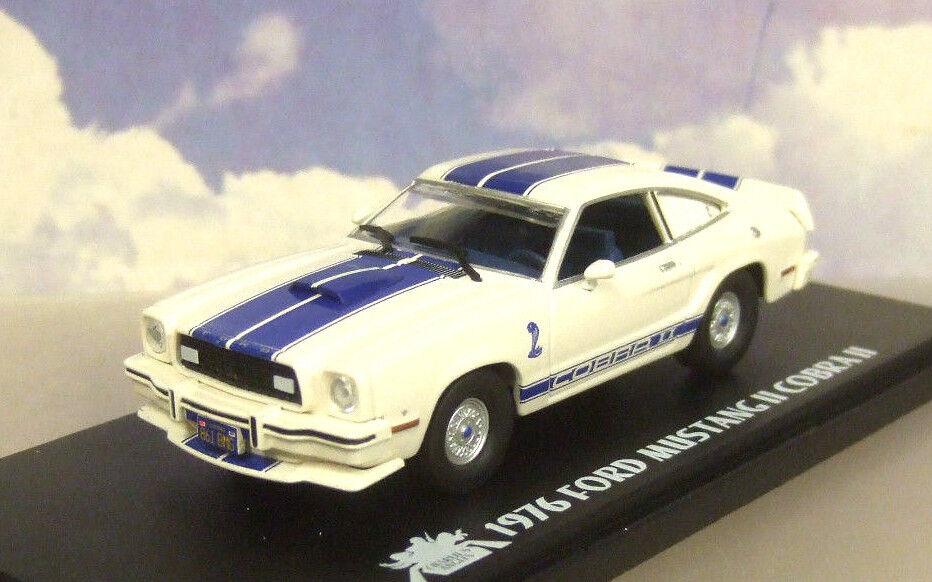 1 43 vertLIGHT Jill Munroe 1976 Ford Mustang II 2 COBRA II Charlie's Anges