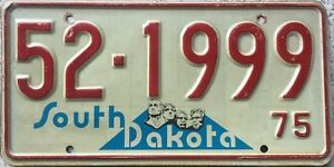 GENUINE-1975-South-Dakota-Mount-Rushmore-USA-License-Licence-Number-Plate-521999