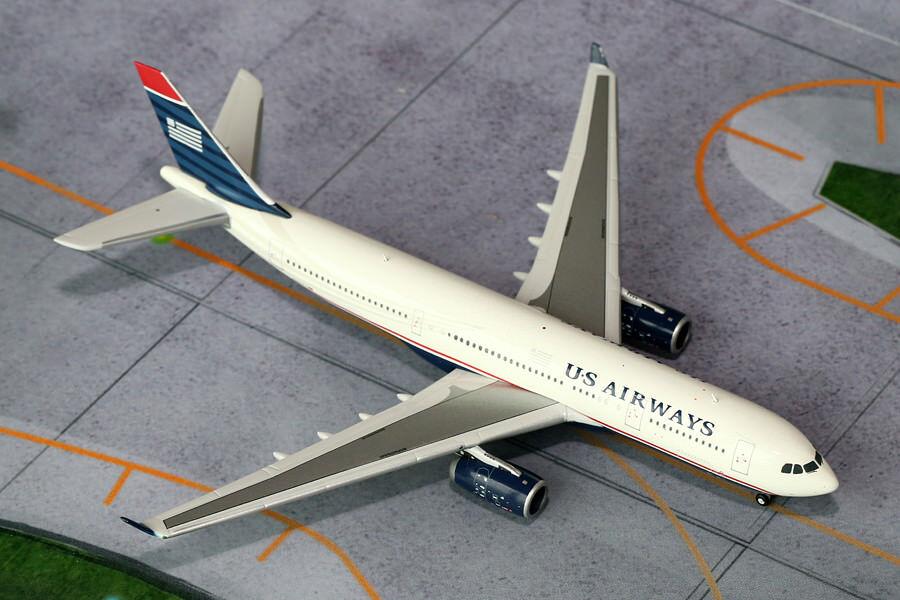 Gemini Gemini Gemini Jets 1 400 Scale US Airways Airbus A330-200 N280AY GJUSA1125 949197
