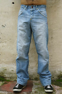 0c215faebe9 LEVIS 002 Vintage Twisted Mens Jeans Light Blue Denim Faded Size W30 ...