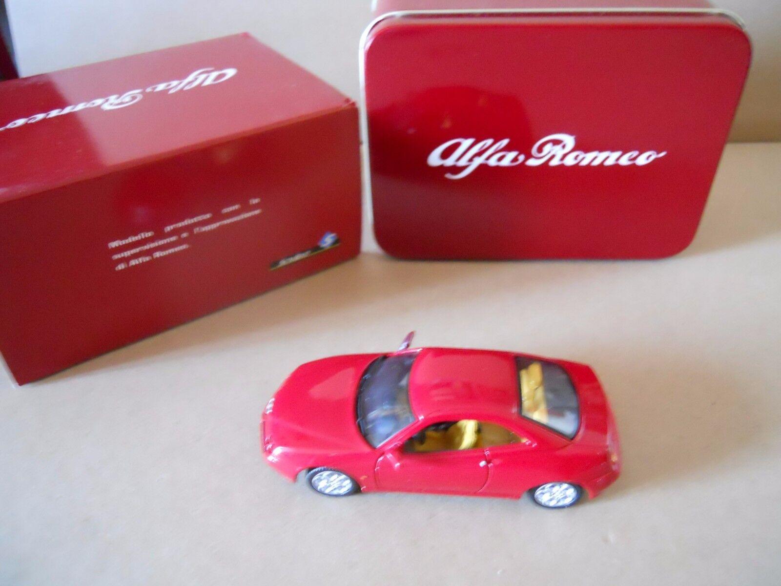 ALFA ROMEO Alfa GTO 1995 1:43 Die Die Die Cast Model SOLIDO in metal box  [MV00] 5a7cdf