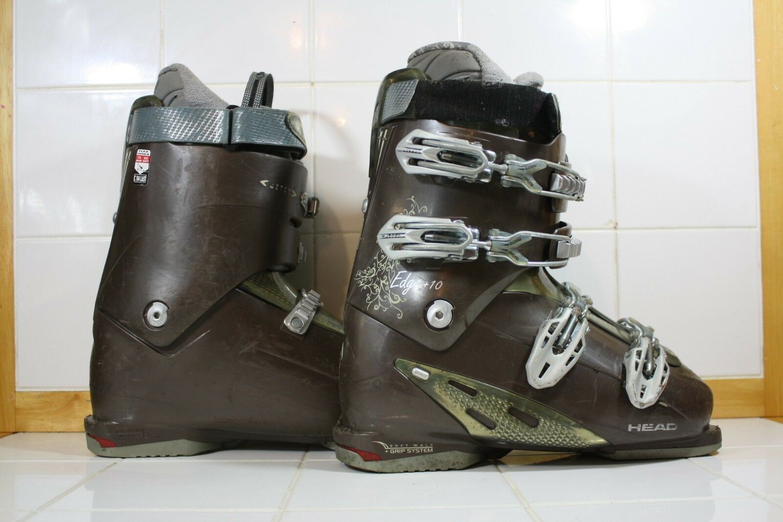 Head Edge Ski Boots - Mondo 27.5 -   Lot 1487