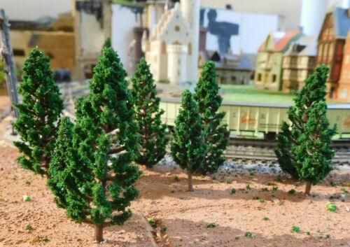 résineux par 25 pièces 48 et hauteur 68 mm 50 vert foncé Tannen
