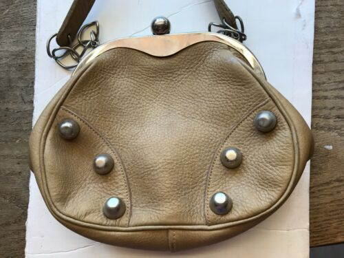 ROGER VAN S. Vintage Tan Purse Silver Trim Used  P